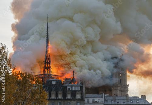 Fotografie, Obraz Notre Dame Paris Burning