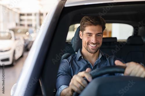 Photo Drive test at car dealership
