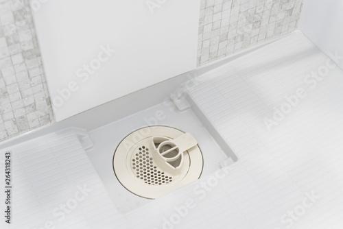 Obraz na płótnie シャワールーム バスルーム 排水溝 カバー