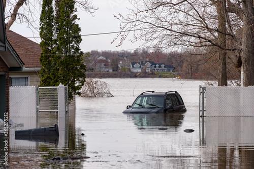 Obraz na płótnie Flooding in Quebec (Spring 2019)