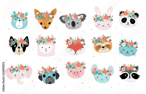 Fototapeta premium Śliczne lisy głowy z koroną kwiatów, wektor wzór dla przedszkola, plakat, kartki urodzinowe