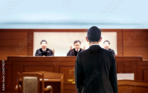 Tableau sur Toile court attorney lawyer talking to magistrate in courtroom judgement trail legal