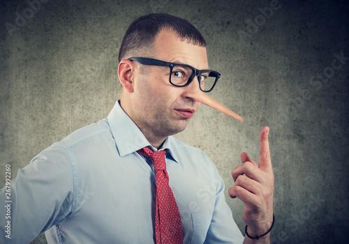 Obraz na płótnie A liar businessman and financial advisor
