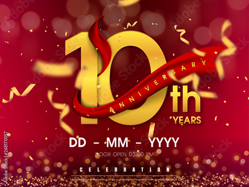 10 years anniversary logo template on gold background Fototapete
