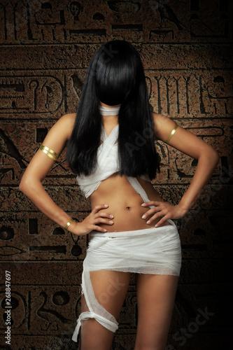 Tablou Canvas Sexy Egyptian mummy