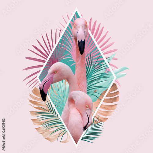 Carta da parati tropical leaves flamingo design in light pink, turquoise and golden colors, can