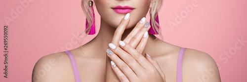 Slika na platnu Beauty Woman with perfect Makeup and Manicure