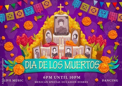 Obraz na płótnie Mexican Dia de los muertos holiday, altar photos