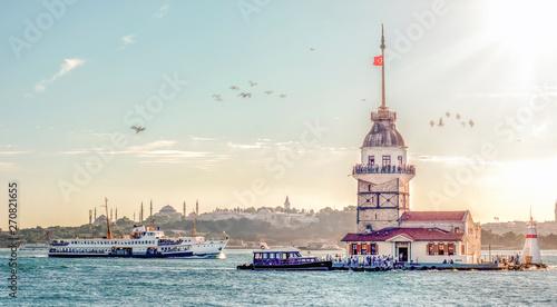 Canvas Print Maiden's Tower in istanbul, Turkey (KIZ KULESI - USKUDAR)