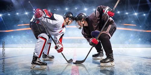 Wallpaper Mural Hockey players starts game around ice arena