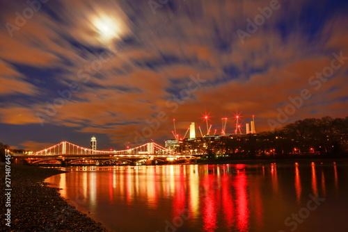 Canvastavla London at dawn