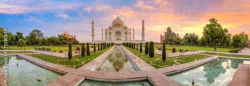 Fotografie, Obraz Taj Mahal Agra panoramic view at sunrise