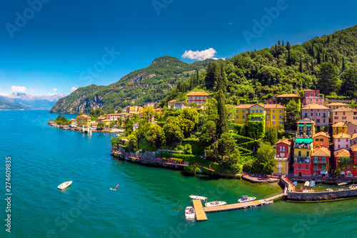 Fototapeta Aerial view of Varena old town on Lake Como with the mountains in the background