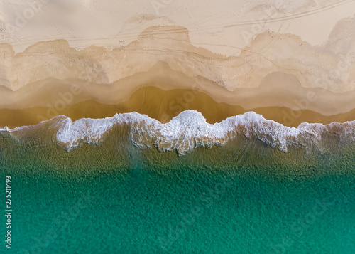 Photo Aerial view of shoreline at nobbys beach Newcastle Australia