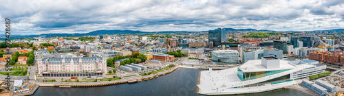 Canvas Print Aerial panoramic view of the Opera House and new business quarter