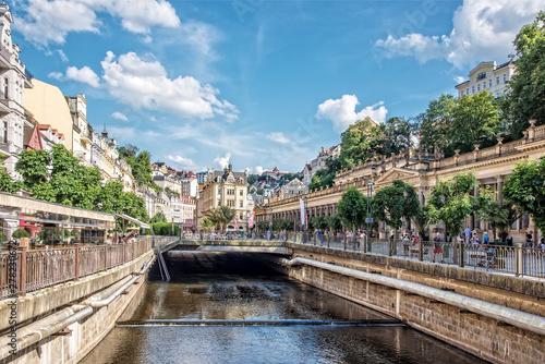 Obraz na plátně Mühlbrunnkolonnade Karlovy Vary Stadt Tepla Fluss