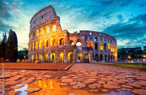 Colosseum morning in Rome, Italy Fototapet