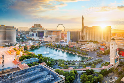 Photo cityscape of Las Vegas from top view in Nevada, USA