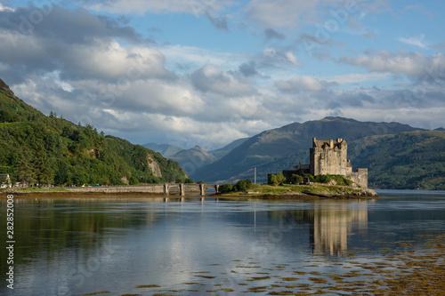 Eilean Donan Castle Dornie Scotland Fototapeta
