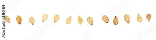 Fotografia Set organic integral sesame seeds macro isolated on white background, top view