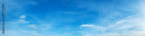 Canvas Print Panorama sky with cloud on a sunny day. Beautiful cirrus cloud.