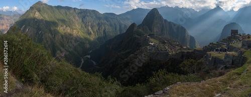 Canvas Print Panoramic view on the sacred Inca city, Machu Picchu, Peru