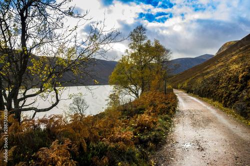 Foto Autumn at Loch Muick in Royal Deeside