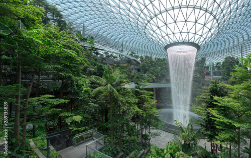 Photo Jewel Changi Airport is a new terminal building under a glass dome, with indoor