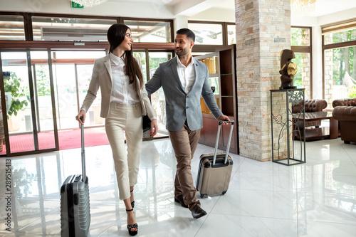 Business travel companions arriving at their destination Fototapet
