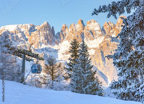 Leinwand Poster Dolomiti di Brenta innevate