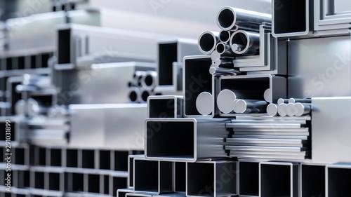 Fotografia nahaufnahme von sortiment verschiender metall Profile aus aluminium und stahl al