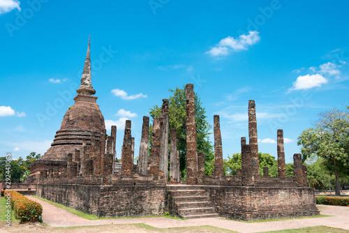Sukhothai, Thailand - Apr 08 2018: Wat Sra Sri in Sukhothai Historical Park, Sukhothai, Thailand Fototapeta
