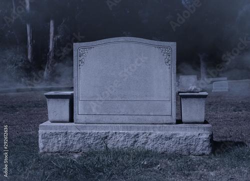 Valokuvatapetti Blank Spooky Halloween Grave Stone at Night