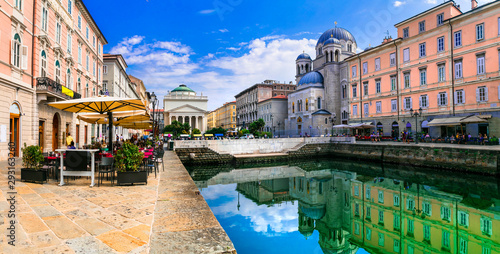 Canvas Landmarks and beautiful places (cities) of northern Italy - elegant Trieste with