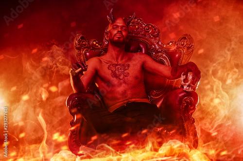 Tablou Canvas Satan in purgatory