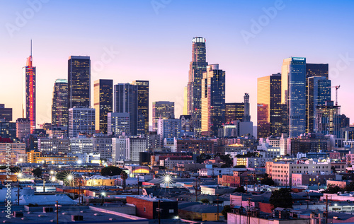 Photo Downtown Los Angeles skyline at sunset
