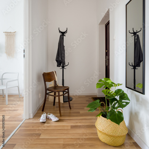 Photographie Cozy entry room