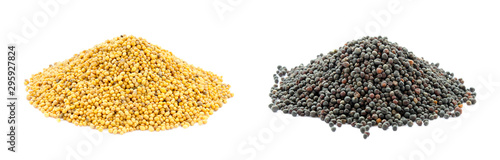 Fotografia Yellow and black piles of mustard and rapeseed grains isolated on a white background