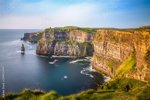 Cliffs of Moher Ireland sunset sun light Irish landmark amazing beautiful view Fototapeta