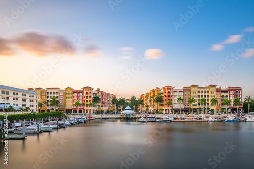 Photo Naples, Florida, USA downtown skyline