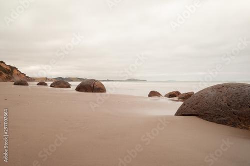 Carta da parati Famous Moeraki Boulders at Koekohe Beach