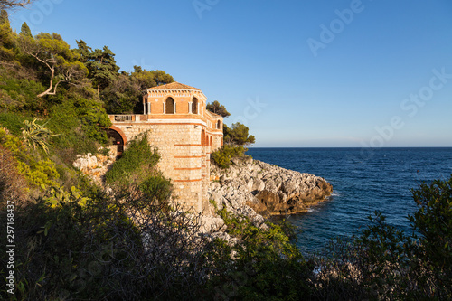 Beautiful landscape of the Cote d'Azur. Menton, France. фототапет