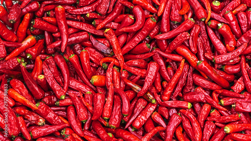 Fotografia Close up group of red hot chilli peppers  pattern texture backgr