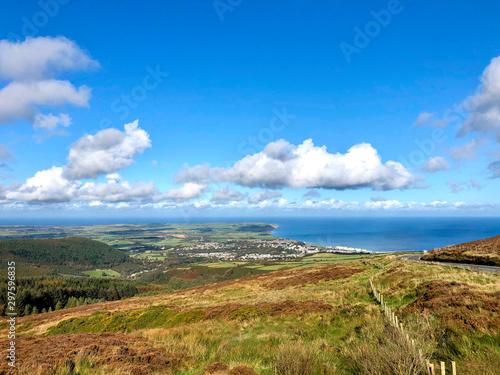 Carta da parati Looking towards the town of Ramsey on the Isle of Man
