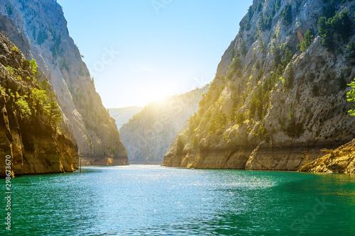 Canvas-taulu Beautiful mountain lake landscape, Green Canyon
