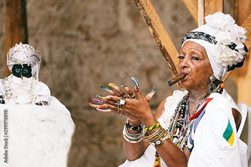 Photo cuban santona smoking a cigar II , havana - cuba