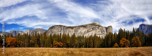 Photo Royal Arches Panorama in Autumn, Yosemite National Park