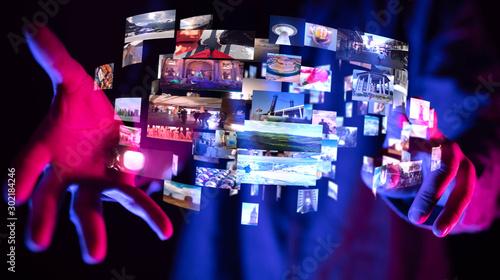 Foto Internet broadband and multimedia streaming entertainment