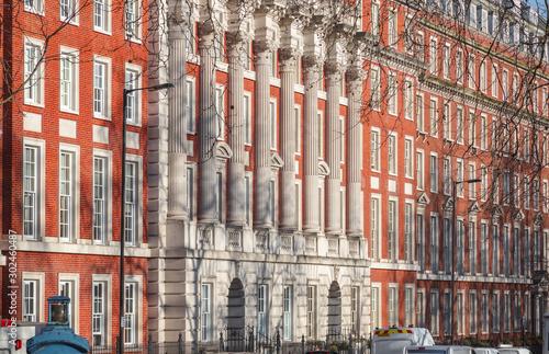 Fotografia, Obraz Neo-Georgian style building around Grosvenor Square, London