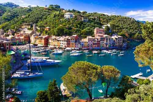 Obraz na plátně Luxury Italian vacations - beautiful Portofino in Ligurian coast